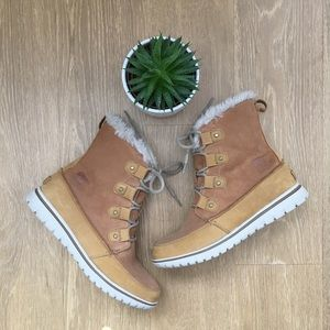Sorel Boots w/ Faux Fur